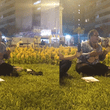 Youtube: Venezolana sorprende con emotivo canto en parque de Lima [VIDEO]