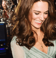 NO TE PIERDAS: Kate Middleton deslumbra al ser captada por paparazzis con el look ideal para una fiesta