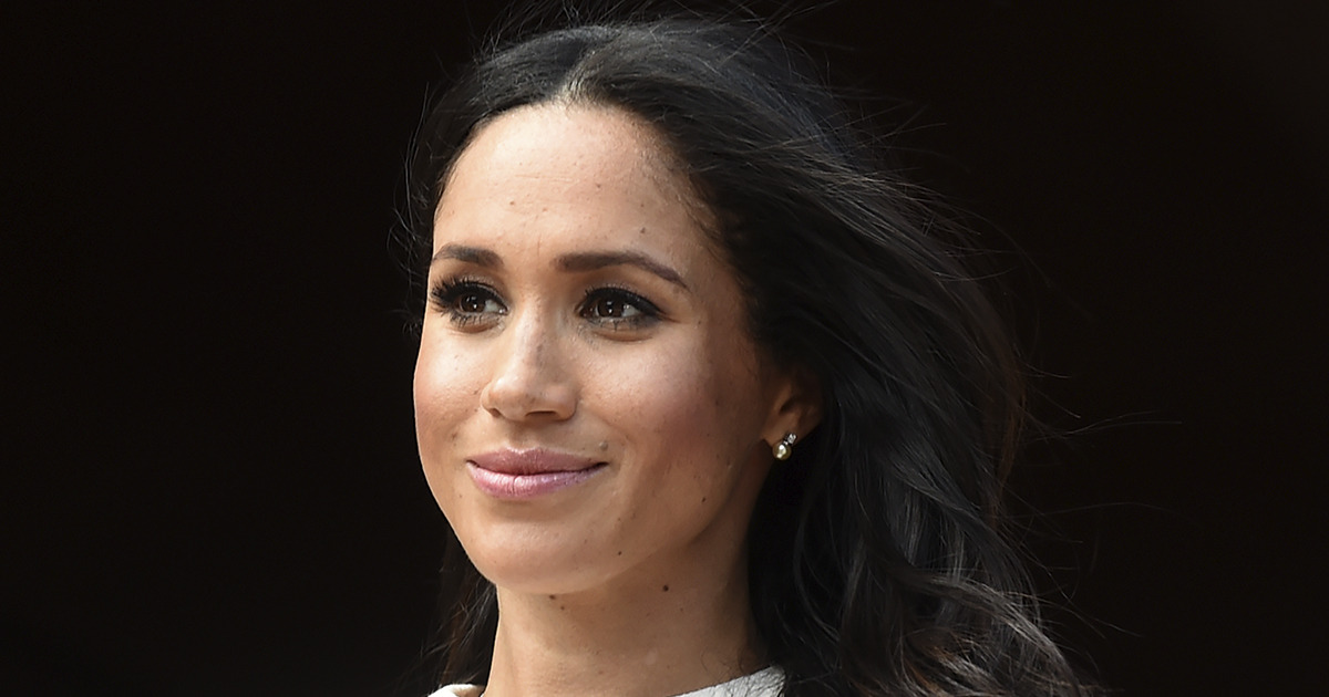 Meghan Markle: Duquesa de Sussex mantiene el estilo royal en su reaparición.