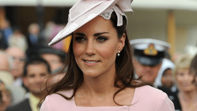 El príncipe William y Kate Middleton se casaron el 29 de abril del 2011.   Fuente : Pinterest